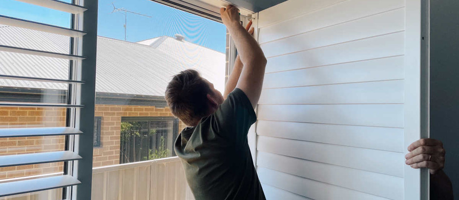 Can roller blinds be fitted to a door?