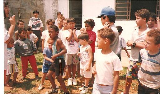 1994_1a.prog.com_crianças.jpg