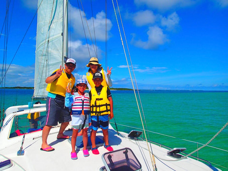 家族旅行でパナリ島ヨットクルーズ・西表島シュノーケリング