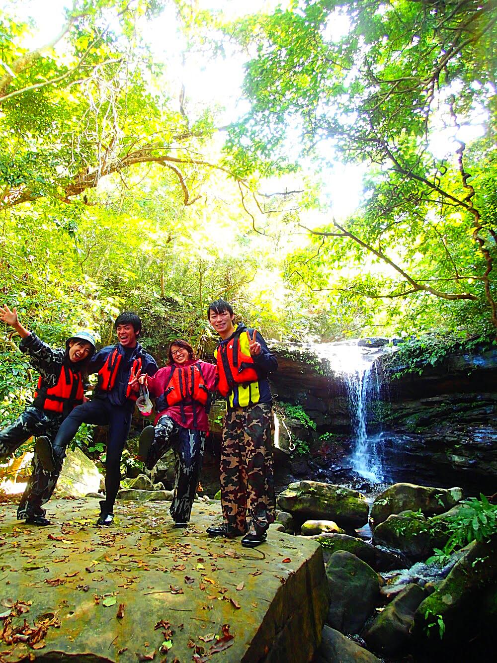 西表島で冒険ツアー体験・八重山旅行・西表島