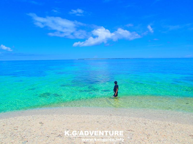 沖縄旅行に行くなら人気の離島、石垣島・西表島で遊ぼう!川平湾や平久保灯台、由布島観光をした後は、家族旅行・女子旅をもっとお得に割引プランで人気のアクティビティツアー体験を、ツアーランキング1位のケンガイドがおすすめするカヌー・SUP・スタンドアップパドルボードでジャングル探検滝めぐり&アドベンチャーボートで行くパナリ島シュノーケリング・星砂の浜シュノーケルを格安ツアーで南国を遊びつくそう!