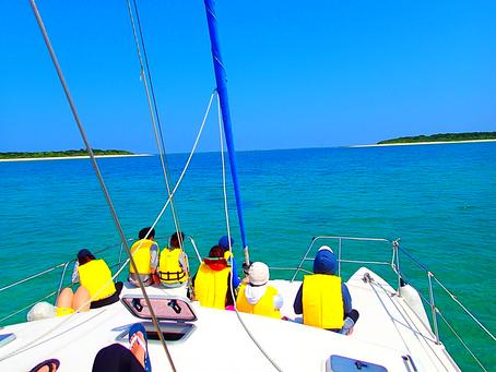 ヨットクルーズで島旅を贅沢に過ごそう✨八重山旅行・パナリ島シュノーケル