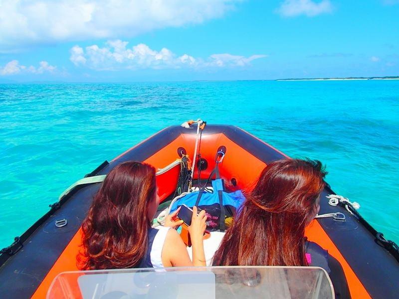 八重山諸島・西表島ツアー人気のケンガイドおすすめの離島・石垣島旅行で遊ぶ・西表観光アクティビティ、西表島ツアー人気のSUP・サップ・カヌー&ジャングルトレッキングで秘境パワースポット滝巡り、アドベンチャーボートでパナリ島シュノーケルツアーなど西表・石垣島旅行で遊ぼう!