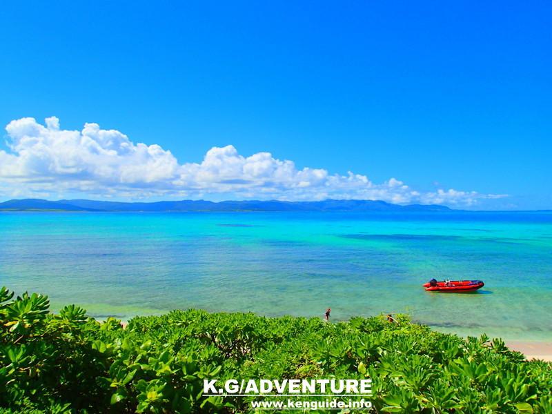 西表SUPツアー・石垣島旅行で西表おすすめパナリ島シュノーケルツアー人気のケンガイドがおすすめする秘境パワースポット巡り・女子旅行・家族旅行・学生旅行アクティビティツアー・SUP&トレッキング滝巡り!アドベンチャーボートでパナリ島シュノーケリングで南国を満喫しよう。