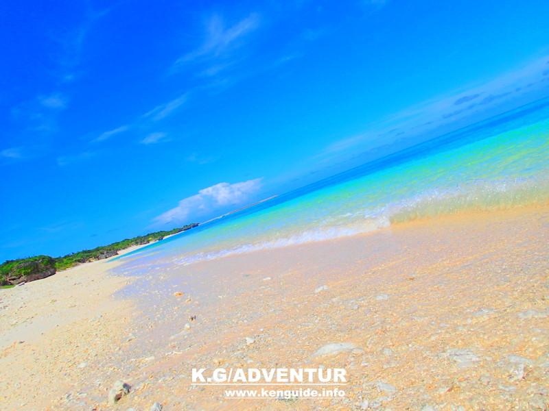 島旅を人気の格安離島ツアー家族旅行・女子旅応援!沖縄旅行で石垣島・西表島へ遊びに行くなら、西表島ツアーランキング人気の西表島ケンガイドがおすすめする!人気の観光スポット・アクティビティツアー体験をご紹介、川平湾・由布島観光・竹富島観光や西表島でカヌー・SUP・スタンドアップパドルボード&トレッキングで滝めぐりやキャニオニングツアー、アドベンチャーボートで行くパナリ島シュノーケリングツアー・星砂の浜シュノーケルを格安ツアー割引プランで体験出来る!