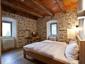 Authentische Unterkünfte: Aus Stein gebautes Hotel