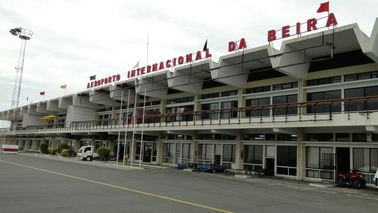 Aeroporto-da-Beira_galleryfull (4)