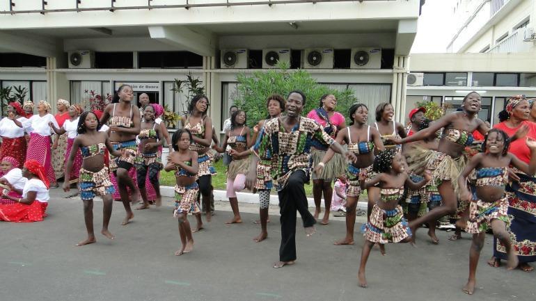 Aeroporto-da-Beira_galleryfull (2)