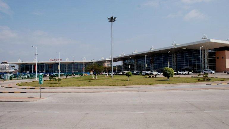 Lado-Terra-do-Aeroporto-Internacional-de-Maputo_galleryfull