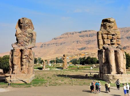 Les Colosses de Memnon (EGY)