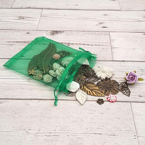 Embellishment Pack - Flowers & Leaves