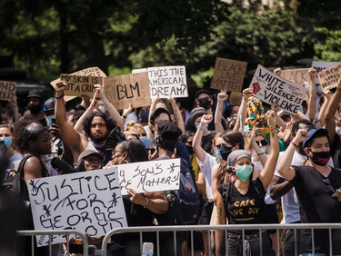 #BLM Protests Temporarily Reduced COVID Spread, Study Finds