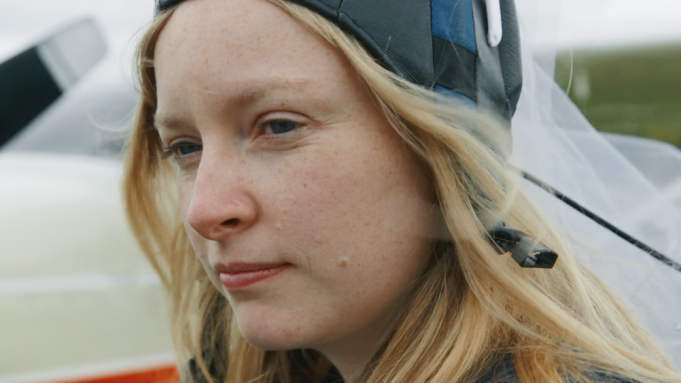 [TIFF 2019] REVIEW - Anne at 13,000 ft (Kazik Radwanski)