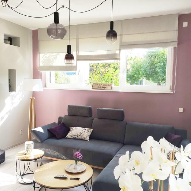 Aménagement agencement et décoration d'un salon design cosy par votre architecte d'intérieur Mosser Intérieur Design dans le Var