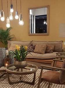 Laetitia MOSSER décoratrice architecte d'interieur à Toulon, Var, aime Blanc d'Ivoire