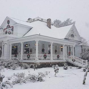 Snow Day Corner of Rebecca Avenue