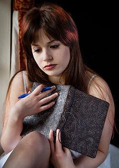 sad-woman-1055083_1920.jpg