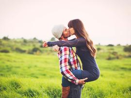 25 cosas que hace un hombre cuando quiere tener una relación seria
