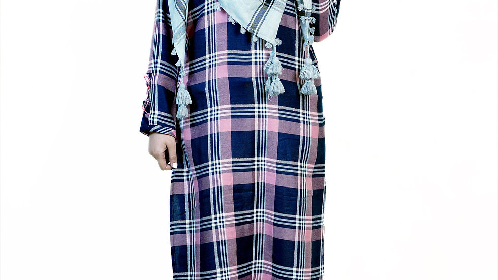 CHECKED ROUND NECK STRAIGHT FIT KURTA