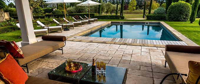 Location de vacances luxueuse en Provence