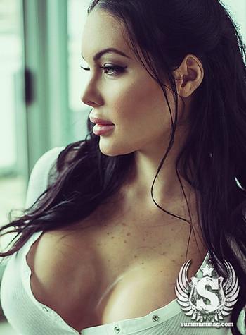 s136_covergirl_v_03__full_wm_rb.jpg