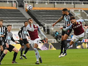 Late Lascelles does little to stave off relegation worries