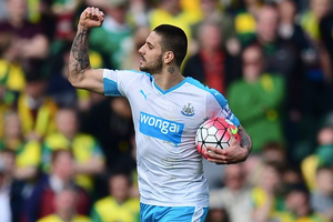 Mitrovic goals not enough for Magpies