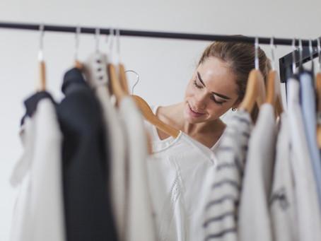 😱 5 coisas que você deve eliminar do seu guarda roupa imediatamente