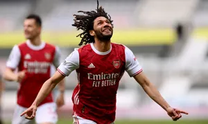 Arsenal breeze past powderpuff Magpies with normal service resumed at St James Park