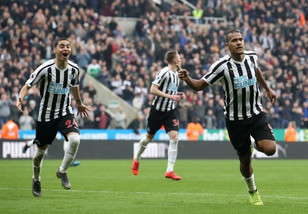Newcastle United 2-0 Huddersfield