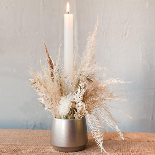 Weihnachtliches Trockenblumen Gesteck - Natur & Weiss