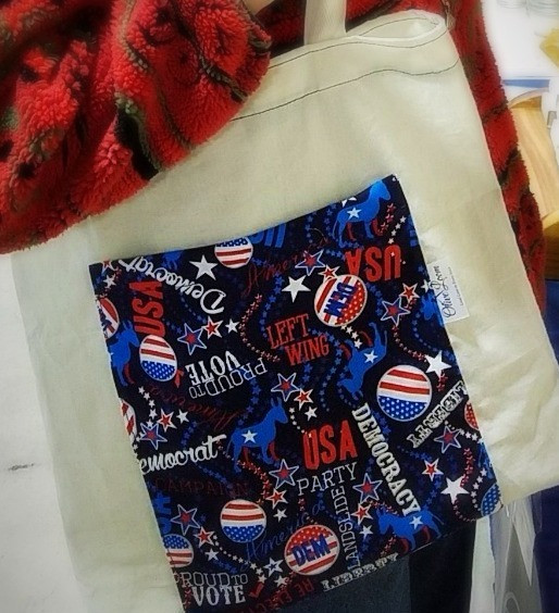Democratic tote bag with pocket