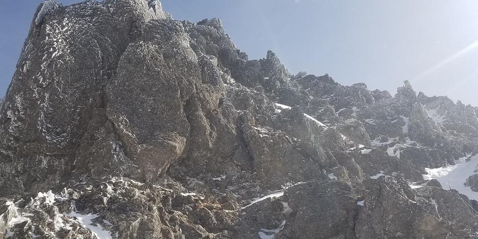 残雪期 八ヶ岳登山【催行決定】