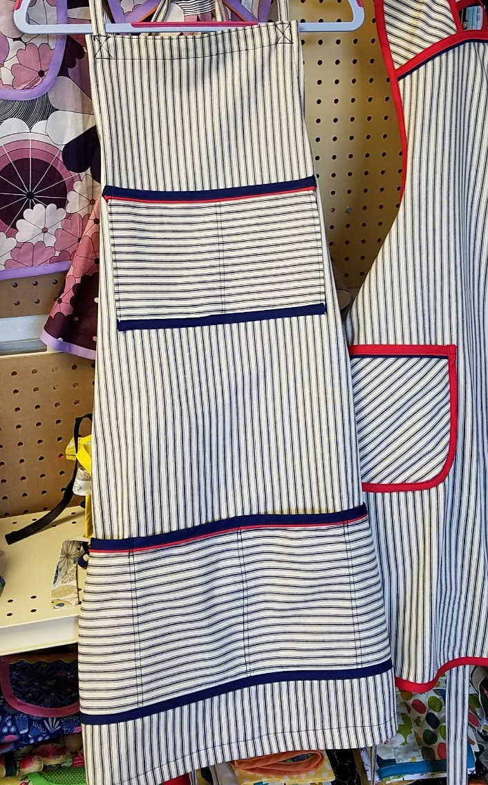 Chef Butcher Block apron in nave ticking stripes