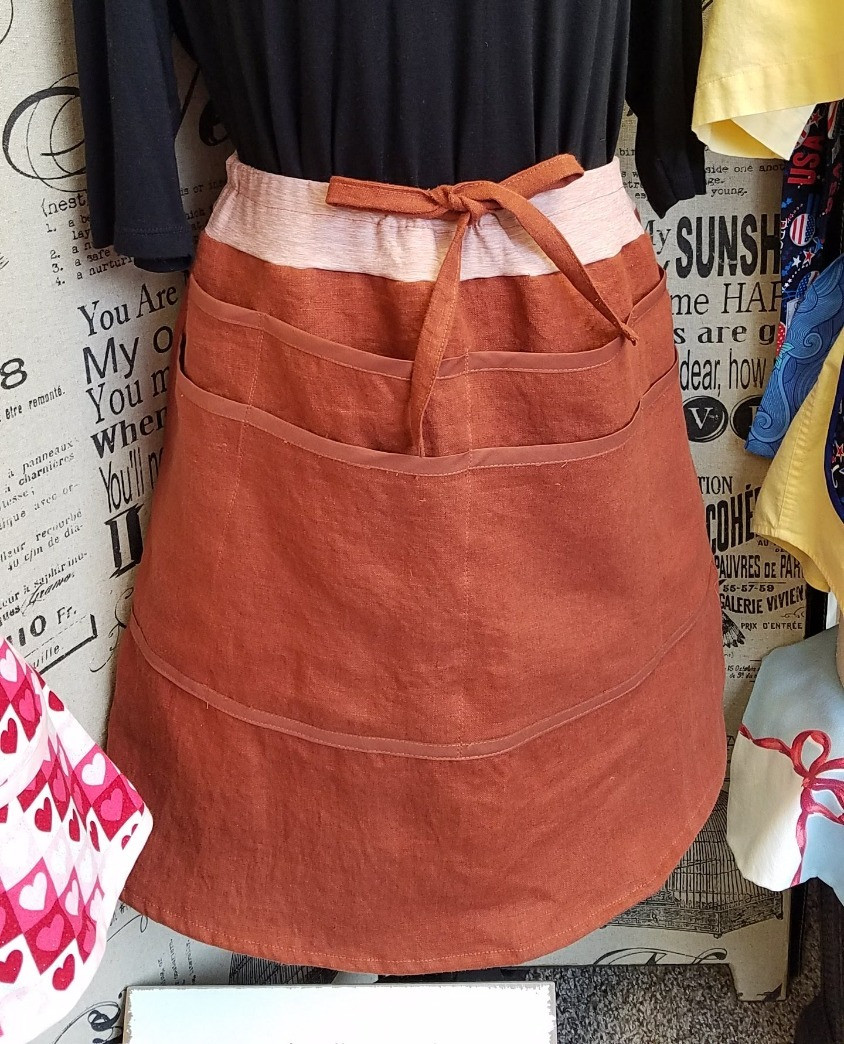 pocket skirt with eight pockets in linen