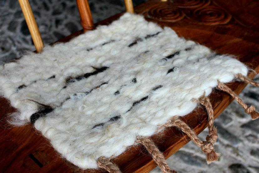Woolen seat pad