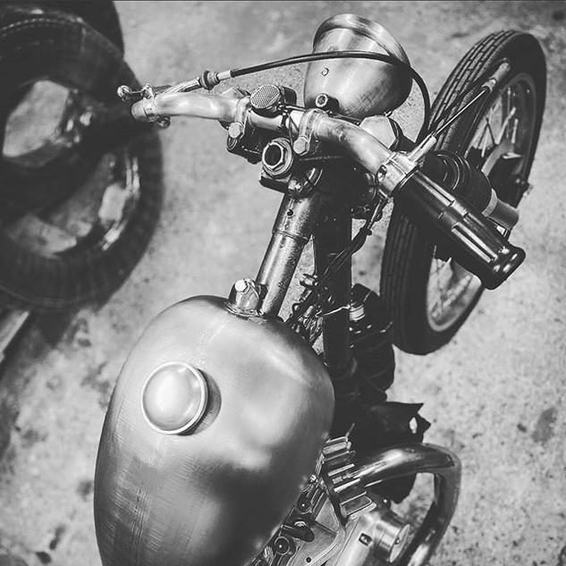 #moto #custom #cruiser.jpg