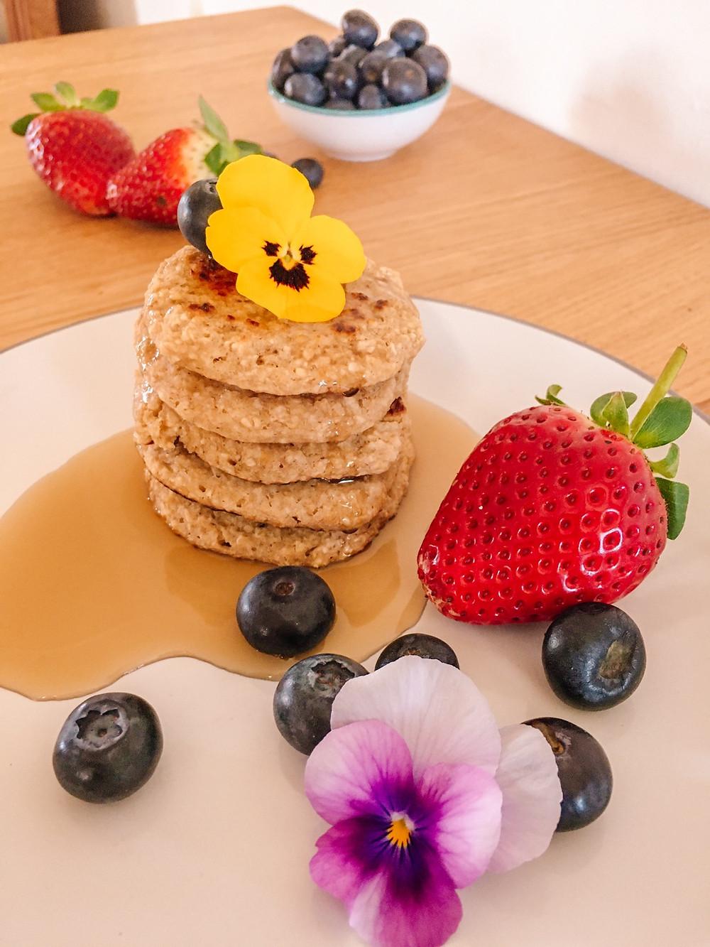 Plant Based Vegan Banana Oat Pancakes gluten, egg, dairy an sugar free