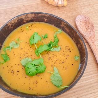 Immunity Boosting Pumpkin, Ginger & Turmeric Soup