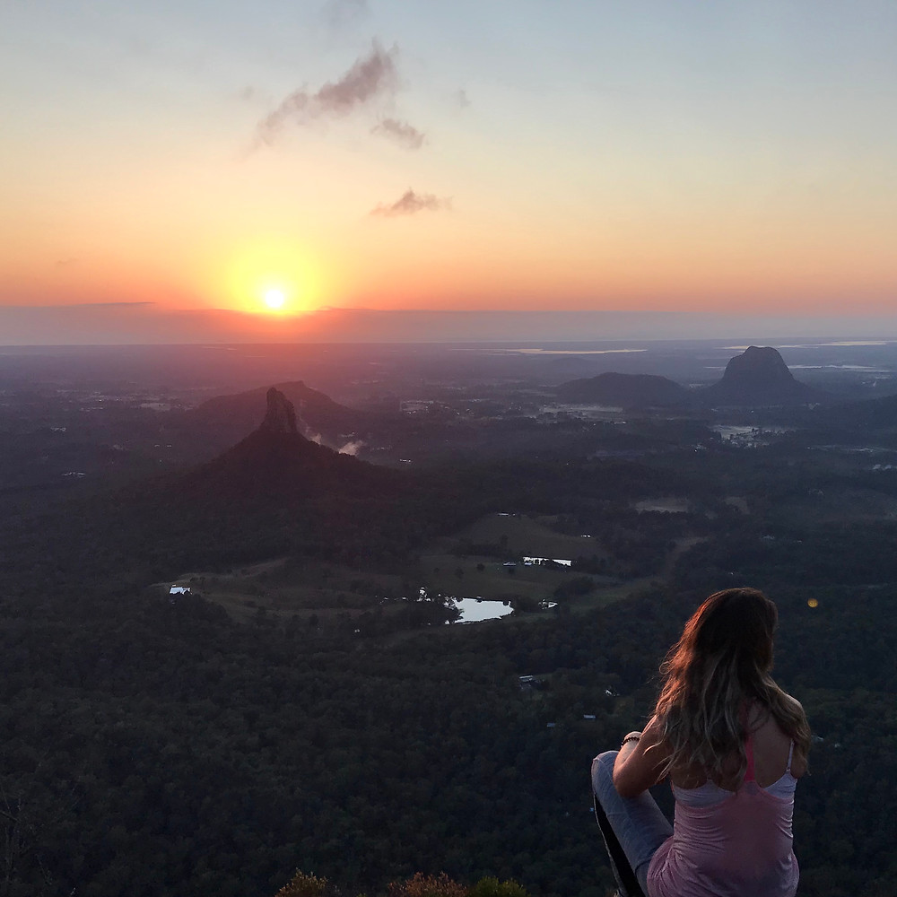 Mount Beerwah Summit East Face Caves Route Glasshouse Mountains Hiking Trail
