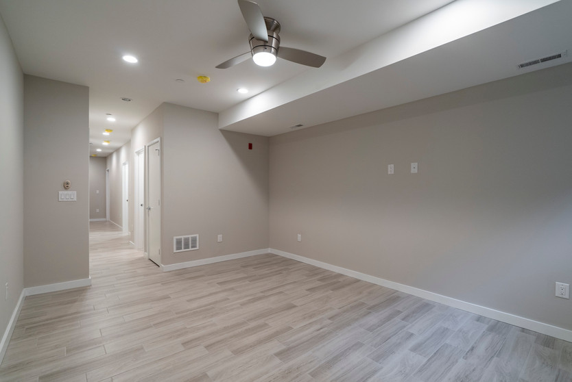 762 S. 15th (1st Floor)16.jpg