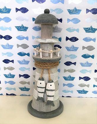 Leuchtturm Holz mit Fischen