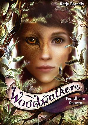 Woodwalkers: Band 5- Feindliche Spuren von Katja Brandis