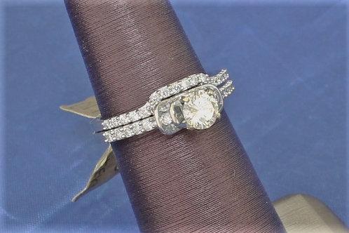 14k White Gold Round Diamond Wedding Set