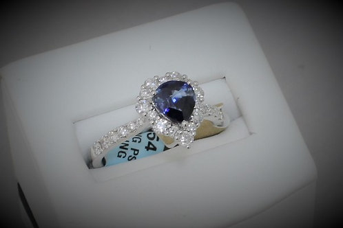 18k white gold and blue sapphire ring