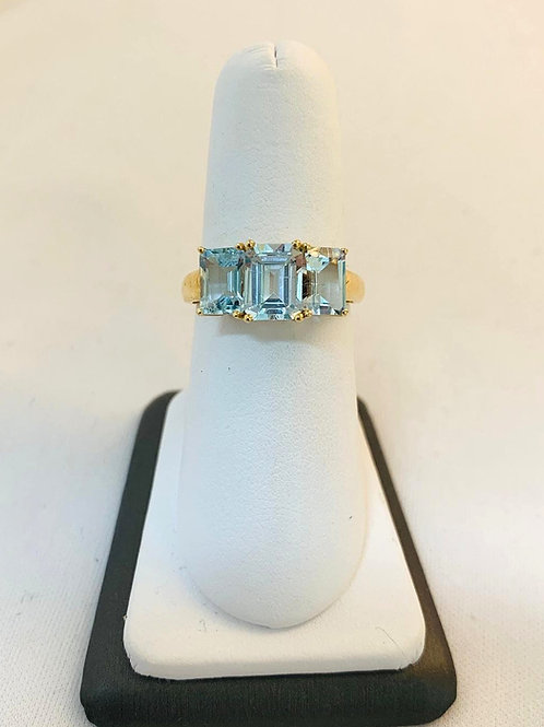 14k Yellow Gold Aquamarine 3 Stone Ring