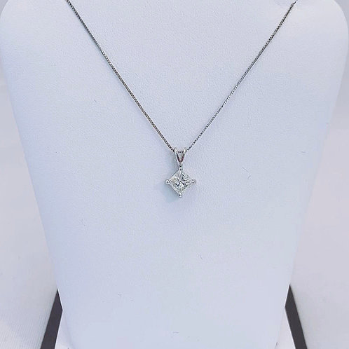 14k White Gold 0.51ct Princess Cut Diamond Pendant