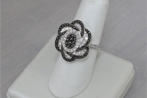 10k White Gold 1.0ct White & Black Diamond Ring