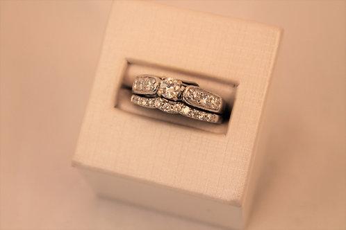14kt White Gold Round Diamond Engagement Set