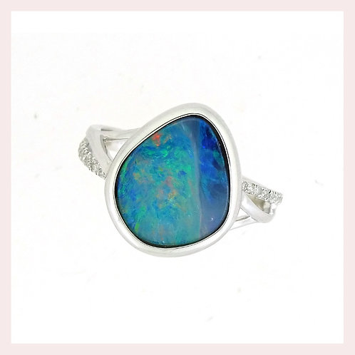14k White Gold Free Form Opal & Diamond Ring